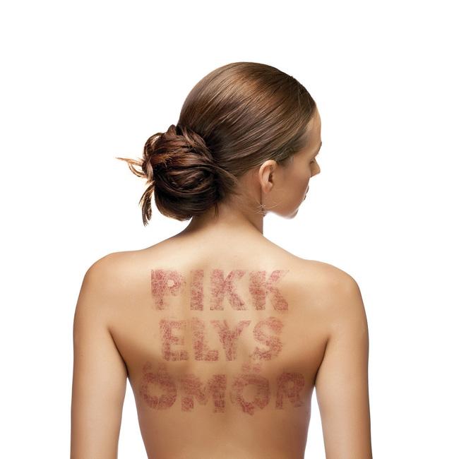 fizioterápiás komplex a pikkelysömör kezelésére vörös folt az arc kopása után