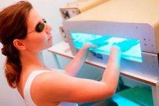 Hogyan használhatunk ultraibolya lámpát psoriasis kezelésére? - Pikkelysömör November