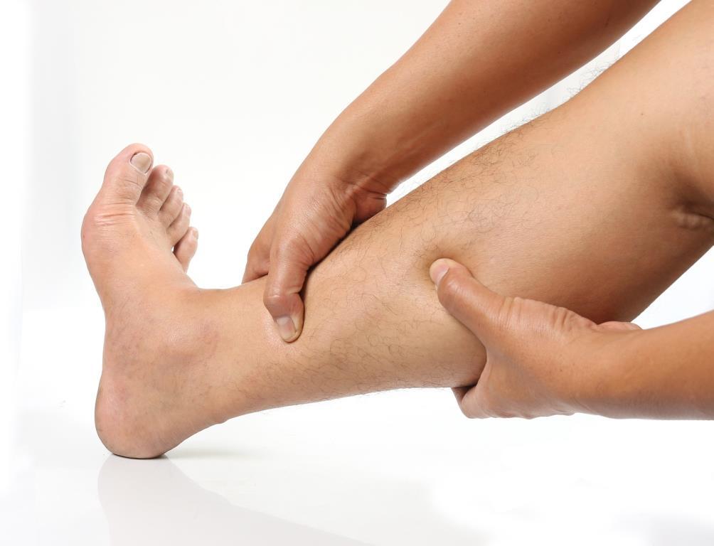 vörös foltok a lábakon, duzzadt lábak hogyan lehet megtisztítani a vörös foltokat